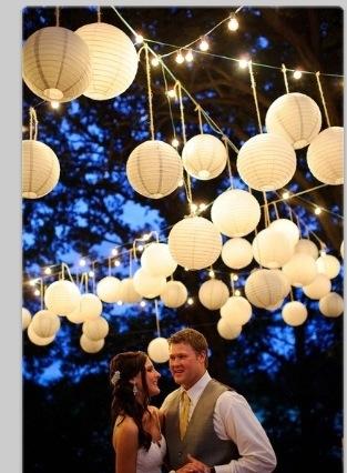 Hvite papirlanterner bryllup